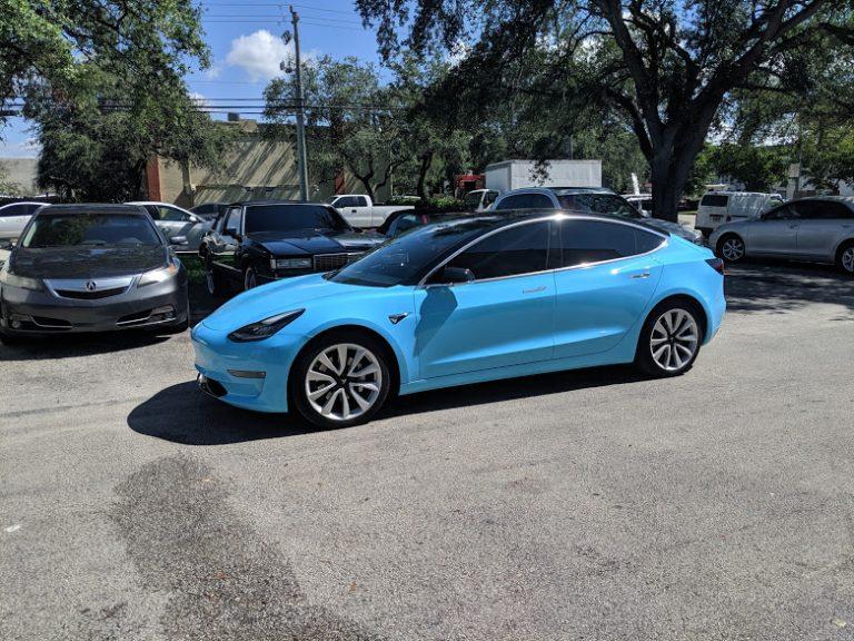 Miami Tesla model 3 Vinyl Finish